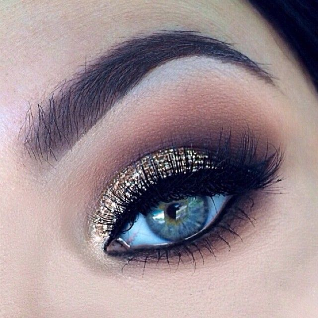 .@_tiarni_ | Inspired by MAC's Gold glitter eyeshadow:blanc type,texture,soft brown,typogr... | Webstagram