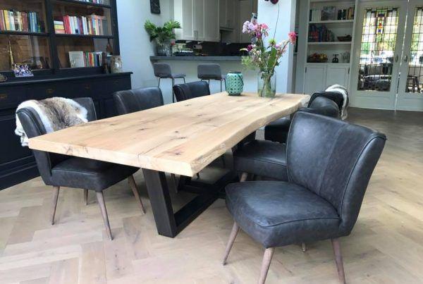 Zwaartafelen: Stoere robuuste en rustiek eikenhouten tafels op maat voor kantoor, horeca of thuis. Eikenhouten tafels in alle vormen en maten op maat.