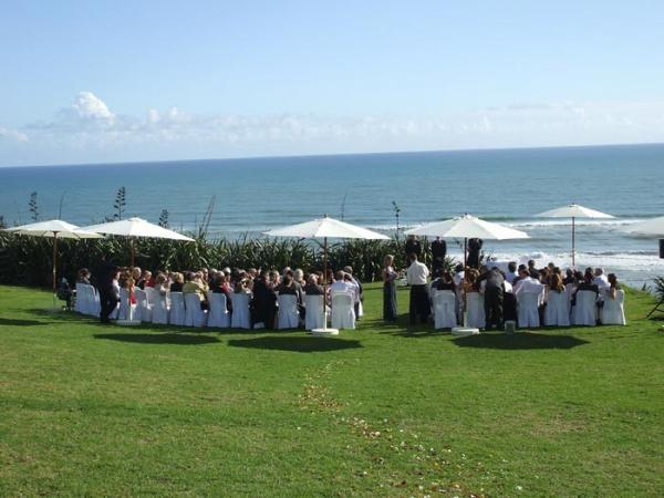 karoitahi beach in waiuku, nz, where i want to get married!