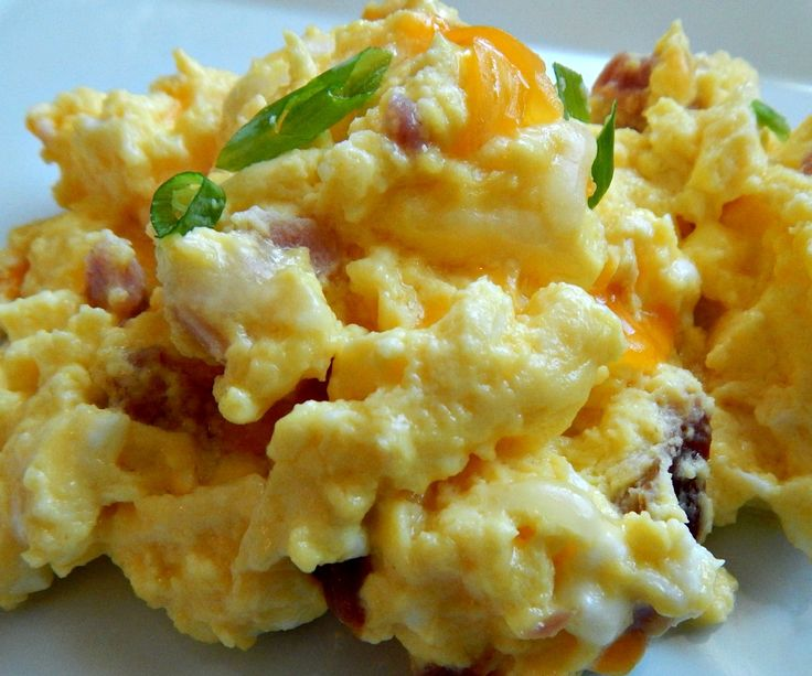 how to cook scrambled eggs in microwave oven