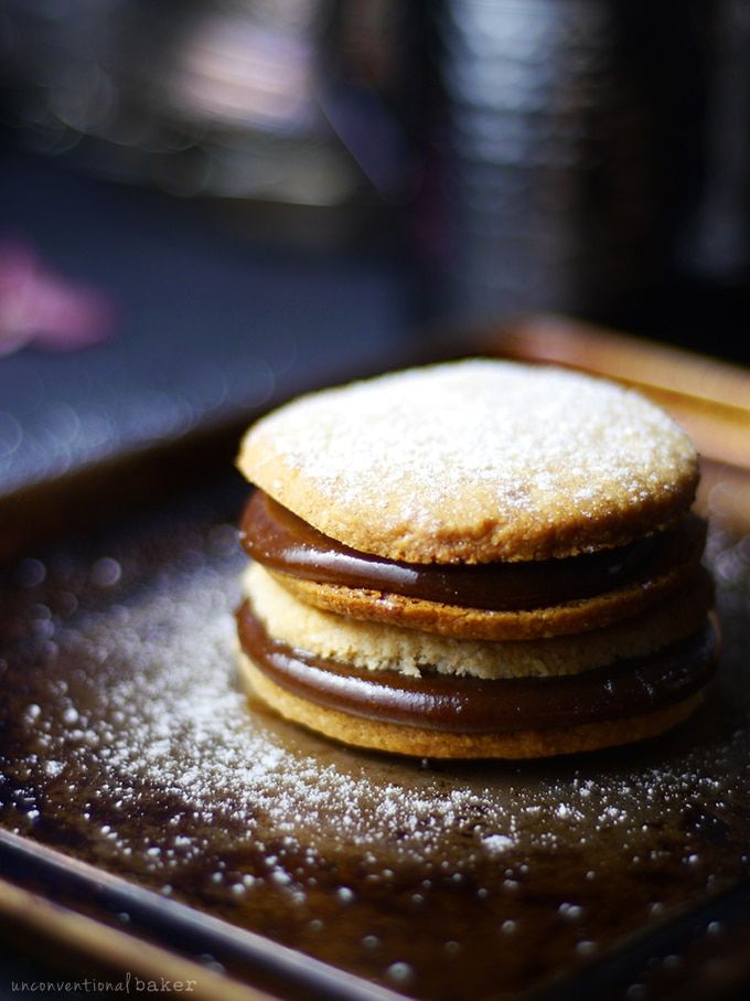 Alfajores / Dulce de Leche Sandwich Cookies {Free from: gluten ...
