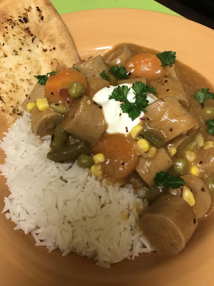 Mild curried sausages |