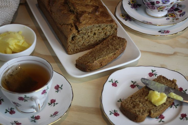 Banana and Date Loaf (with lemon)