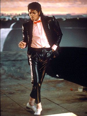 #Music #80sMusic #PopMusic brought to you by williamotoole.com/RobHollis1 MJ... Idc what anyone says jackson is and was the best. He is truly king of pop. His music and legacy will love on! And he was once very good looking. Sad that he changed :(