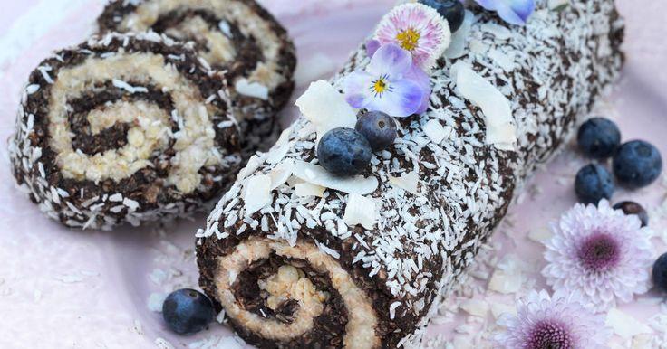 Japp, du läste rätt! Denna rulltårta är en riktig dröm med både chokladbolls- och havrebollssmet!