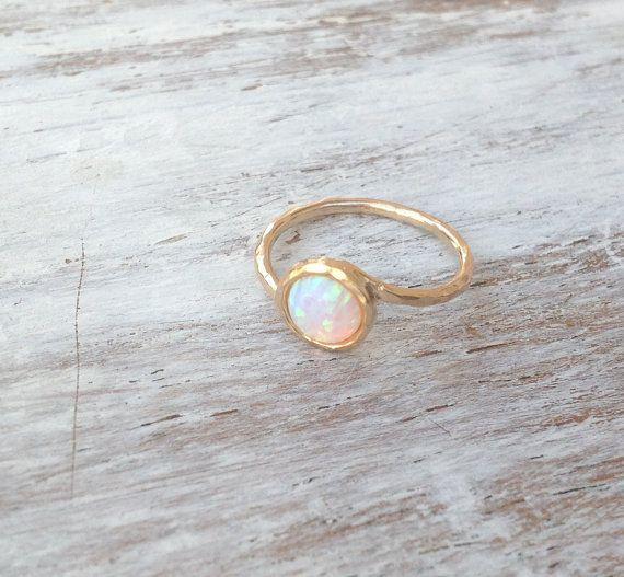 Opal ring edelsteen ring ring witte opaal ring gouden door Avnis