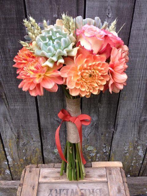 Succulent & dahlia bridal bouquet, country wedding. Coral, pink and grey colours. Design by Dominique Houle  www.krop.com/dominiquehoule