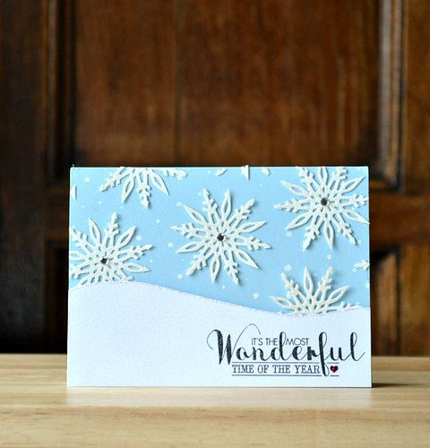 Create pretty snowflakes by cutting out sections from the free bauble die with Simply Cards & Papercraft 129. Get yours here: http://www.moremags.com/papercrafts/simply-cards-papercraft/simply-cards-129