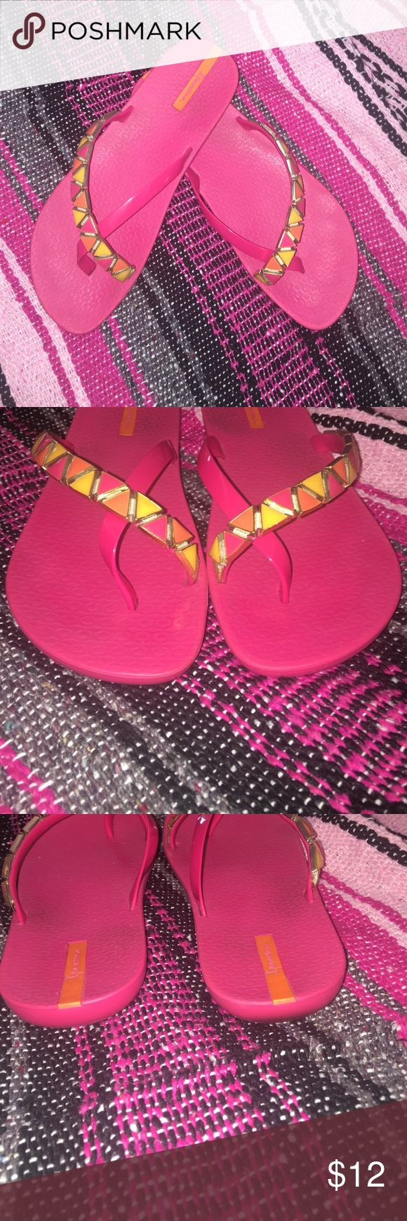 Jeweled IPANEMA Flip Flips 🌸💐🌺🍂 Beautiful jeweled flip-flops. Size 8. These were worn less than five times. Ipanema Shoes Sandals