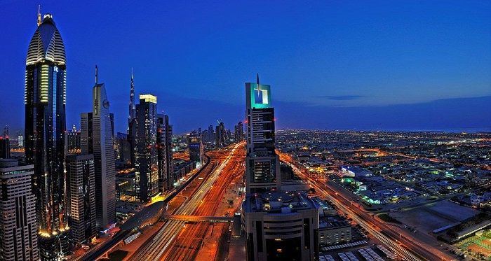 Visit many attractions in Dubai by staying in accommodation close to Sheikh Zayed Road. This popular road in Dubai stretches parallel along the Dubai Metro and is one of the main central highways connecting various shopping malls, tourist attractions and Hotels in Dubai.
