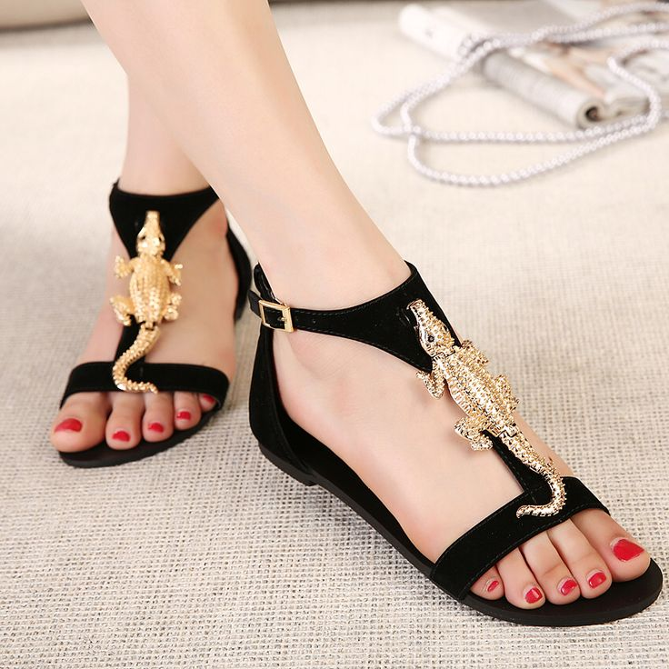 Ulass Black Gold Flat with flat sandals Roman style decorative metal