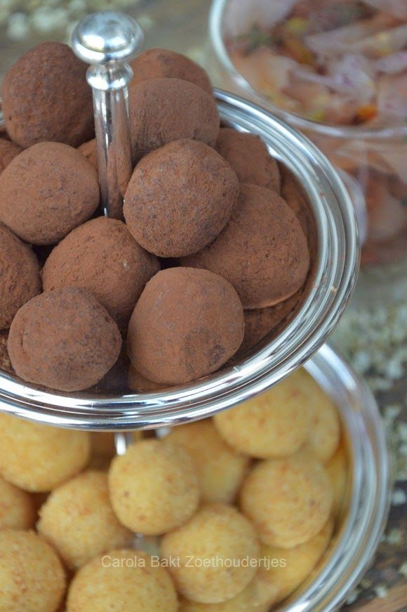 Carola bakt Zoethoudertjes: Zuivel- /Lactose vrije vlierbloesem & lime truffel...