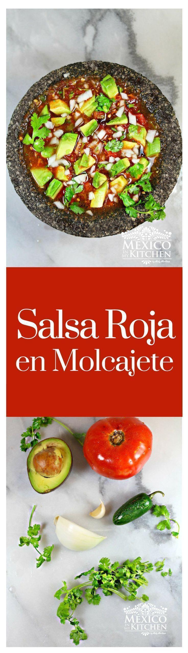 """La """"Salsa en Molcajete"""" es una salsa a mano usando el mortero de piedra de basalto mexicano llamado """"Molcajete"""" #receta #mexico #cocina #cocina"""