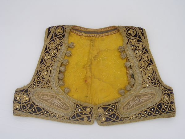 Musée d'Alger  http://www.mnatp-algerie.org/collection-costumes-mnatp.html