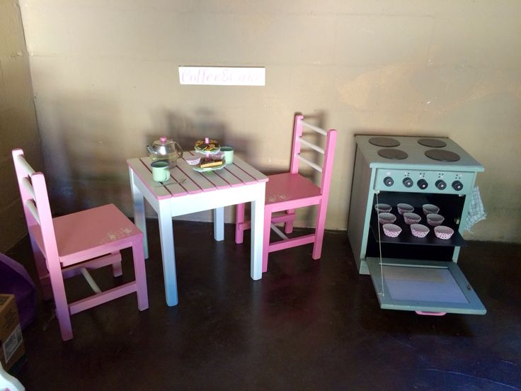 Coffe & cake for little girls!