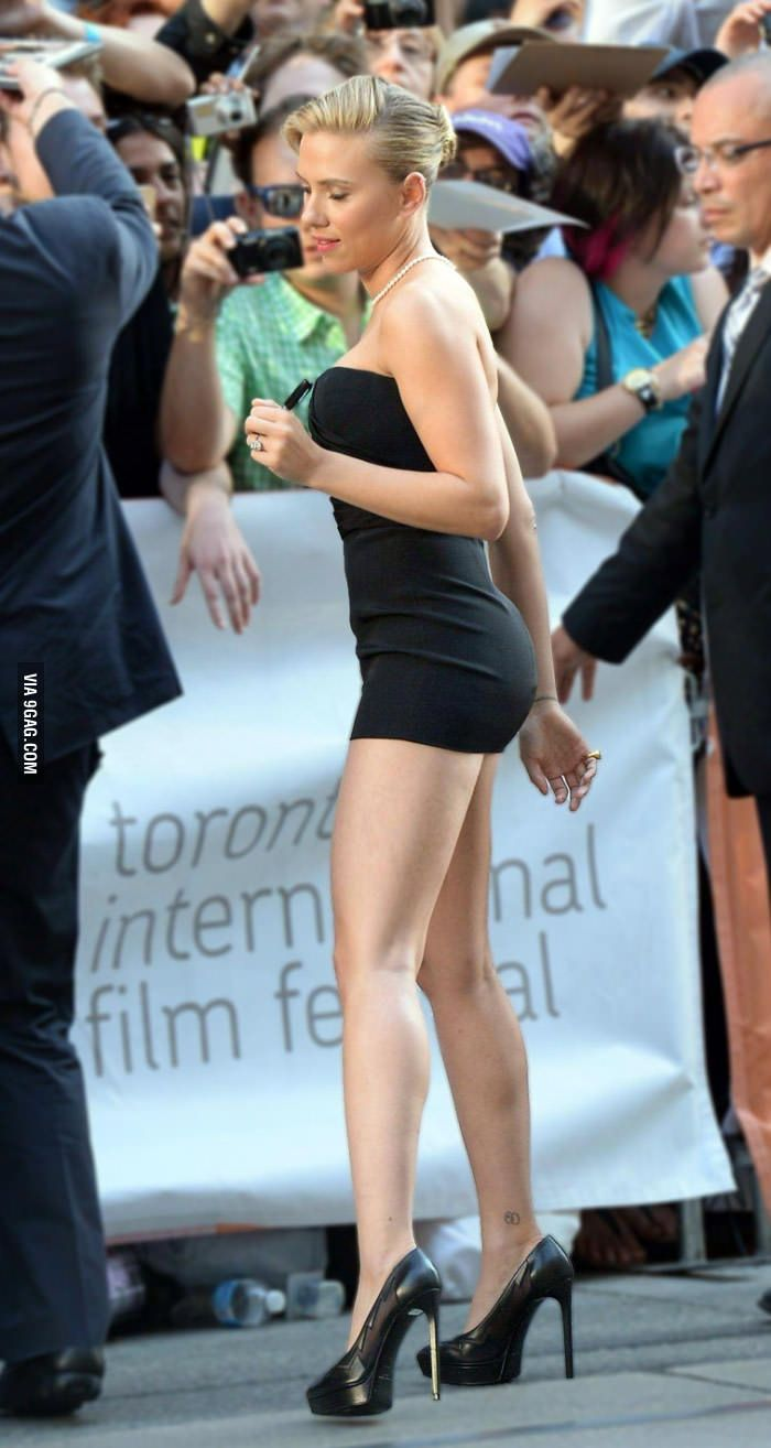 Scarlett Johansson [ First response was she's pretty daring with that short of a dress, then found out it's shopped :/ ] 18JUN16