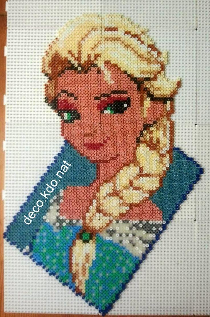Elsa Frozen Disney hama perler beads by Deco.Kdo.Nat
