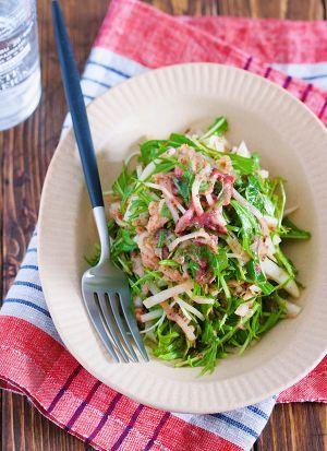 疲れた胃腸に『大根と水菜のシャキシャキ♡梅ツナおかかサラダ』 by Yuu | レシピサイト「Nadia | ナディア」プロの料理を無料で検索