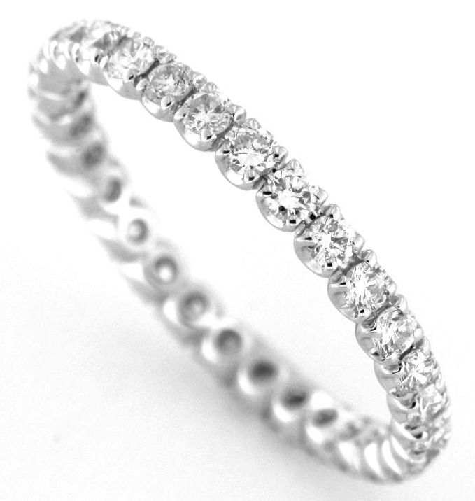Veretta giro-dito con diamanti naturali caratura totale 0,79 ct