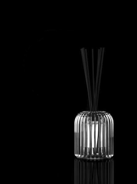 CACHE-CACHE - A room diffuser shaped like a cupola and finely worked, suggestive…
