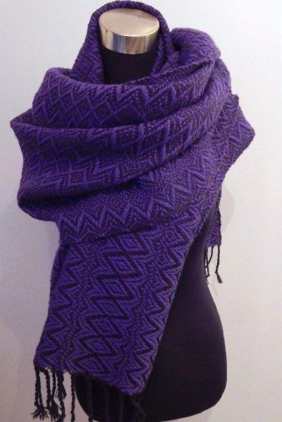 Handwoven Autumn- shawl, blueberry.