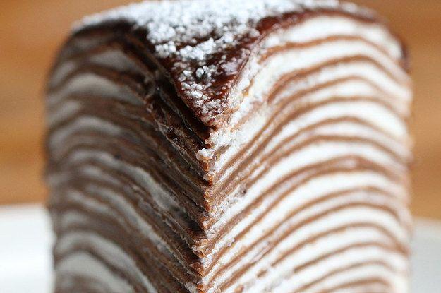 Aprenda a fazer o bolo crepe: | Este bolo crepe de chocolate vai te hipnotizar