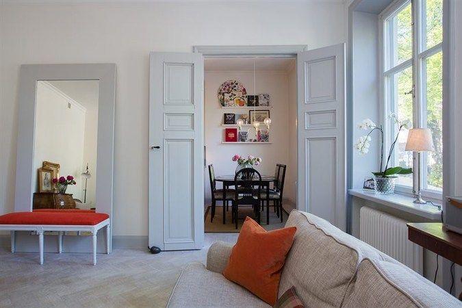 grå lister och dörrar (hela huset)