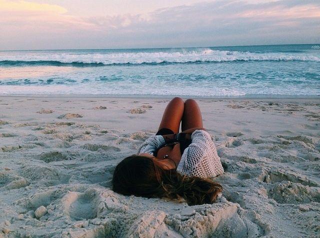 Ver atardecer en la playa...