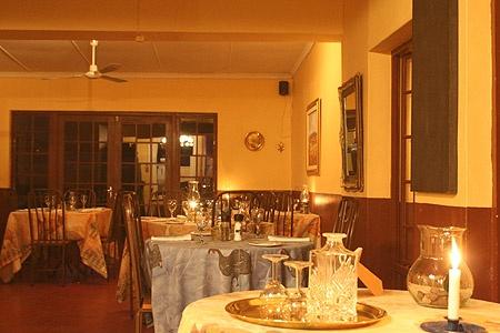 Josephine's Restaurant, Montagu, interior