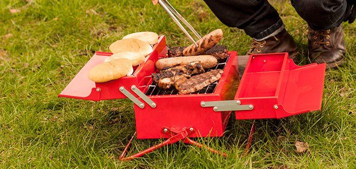 Un barbecue portable pour les beaux jours d'été