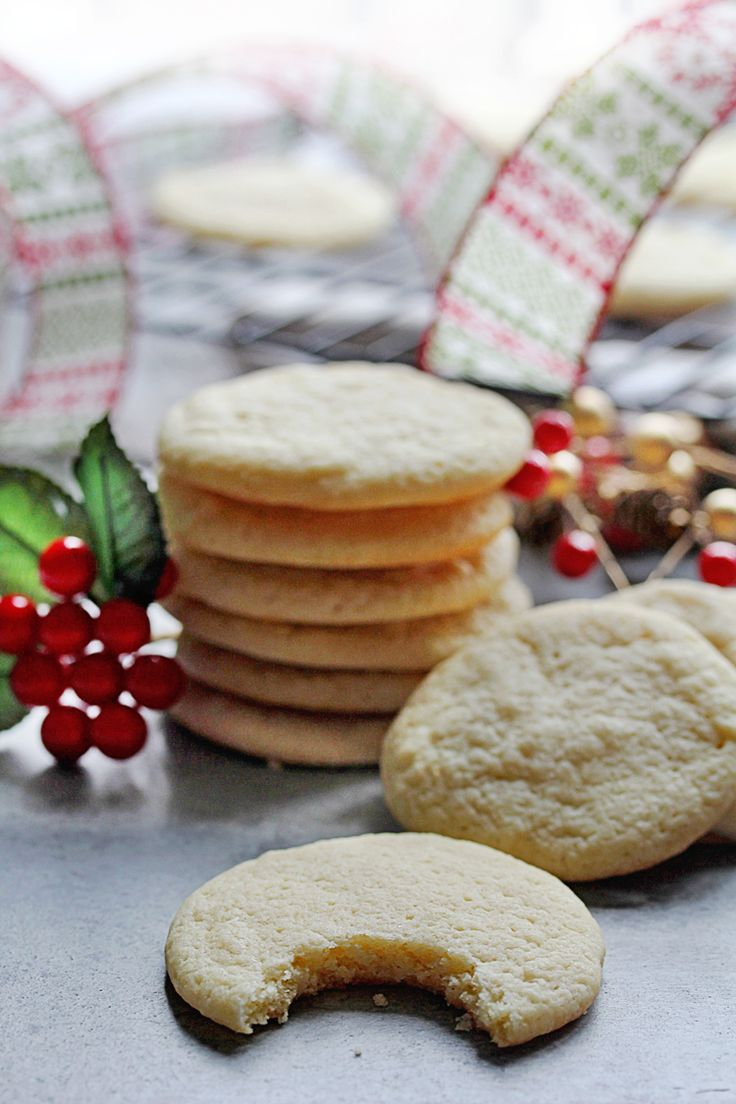 A delicious and easy butter ricotta cookies recipe that will make Santa very happy. The flavor is pure, and the texture is soft and tender.