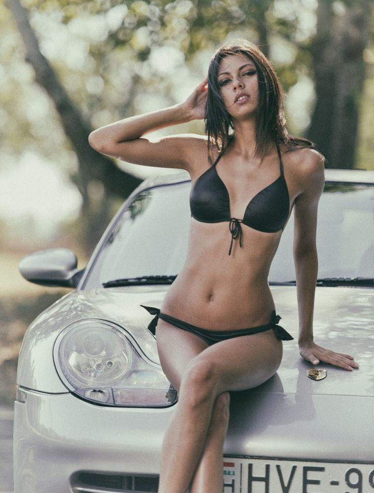 Bikini girls selling cars