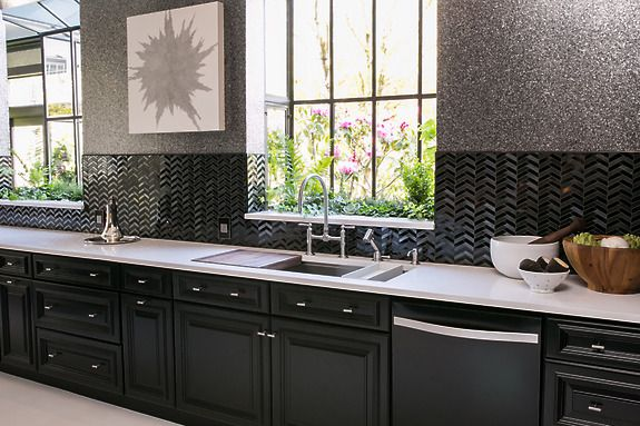 Designer Steven Miller featured Quartz 1020 Chambers of Charcoal in the kitchen of the 2014 San Francisco Decorator Showcase, named 2014 Kitchen of the Year by House Beautiful.