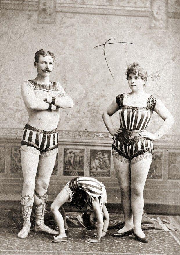 The Circus life, one century ago!   c. 1900 - 1910: John Robinson's Ten Big Shows (Photo article)