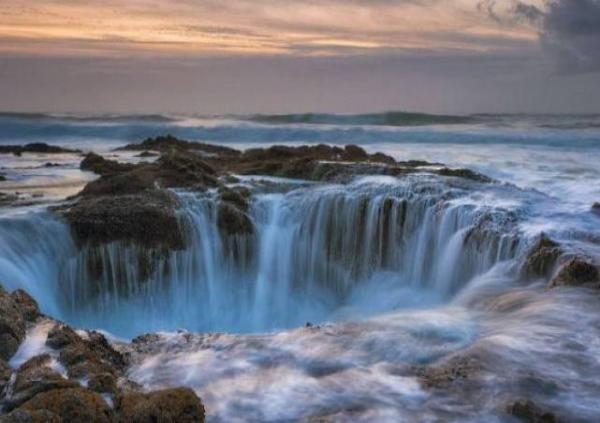 Lubang Thor, Mampu Hisap Air Laut di Samudera Pasifik?