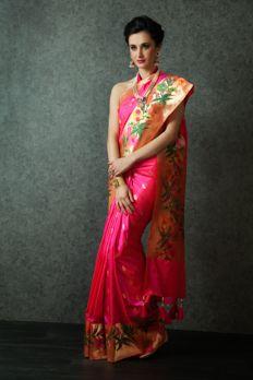 Handloom saree weaved in pure silk from #Benzer #Benzerworld #ethnicwear #sarees #womenswear