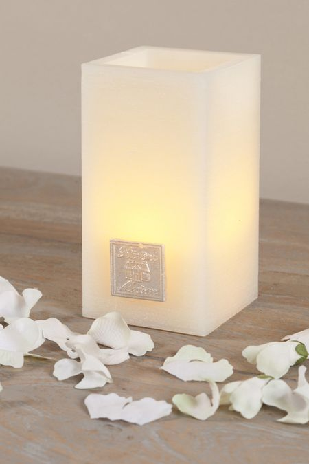 €17,95 Charming Candle Square LED white L #living #interior #rivieramaison