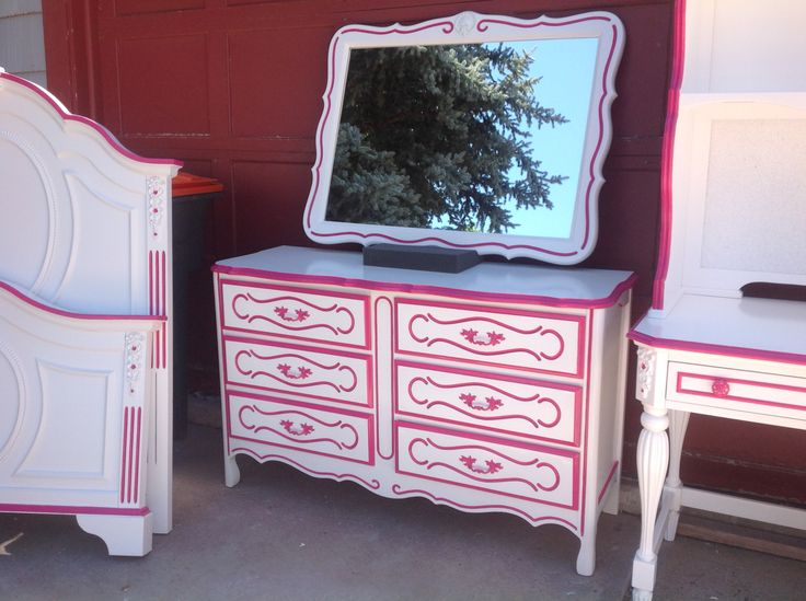 French Provincial Dresser Painted White With Hot Pink Trim And Matching Mirror Refinished By Kelly S Creations Furniture Https Www Fa