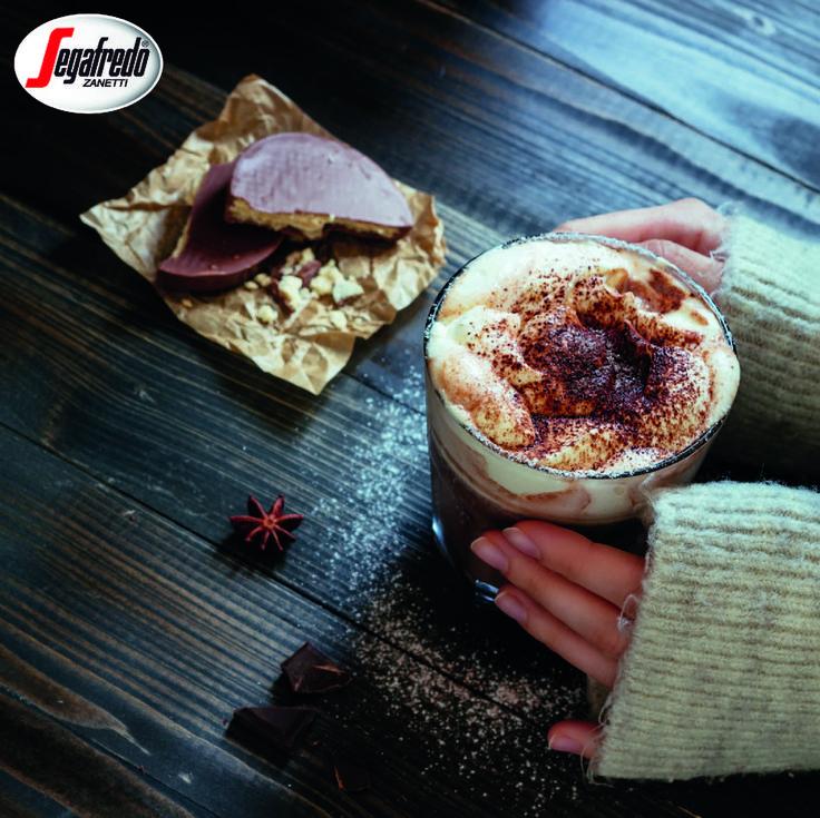 Macie ochotę na szybki i smaczny deser? Gorąca czekolada Hot Ciok spełnia obydwa warunki. Dodajcie do niej cynamon, anyż, bitą śmietanę i delektujcie się doskonałym smakiem :) #Segafredo #SegafredoZanetti #SegafredoZanettiPoland #HotChocolate #GorącaCzekolada #HotCiok