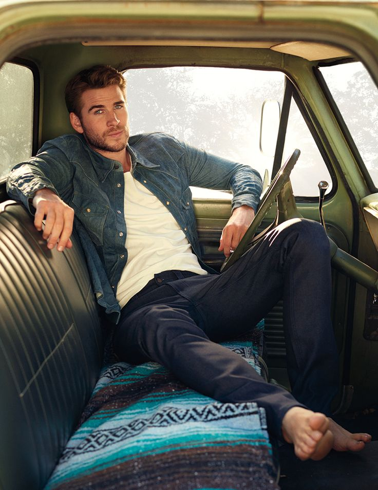 Liam Hemsworth Peru : Photo