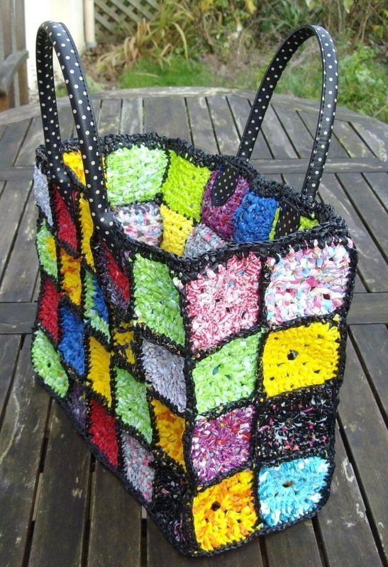 Crochet granny square bag from plastic bags, or thin plastic twine, for for beach/shopping tote bags.