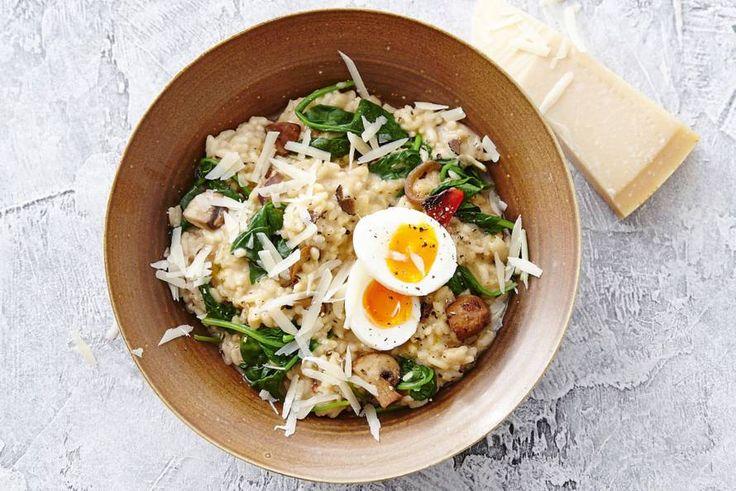 Eten als de Italianen? Weg die lepel, want risotto eten zij met een vork - Recept - Allerhande