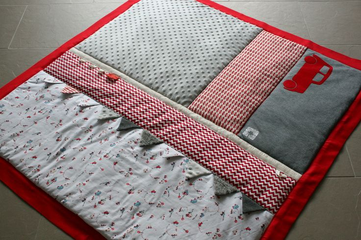 Tapis d'éveil / Activity mat