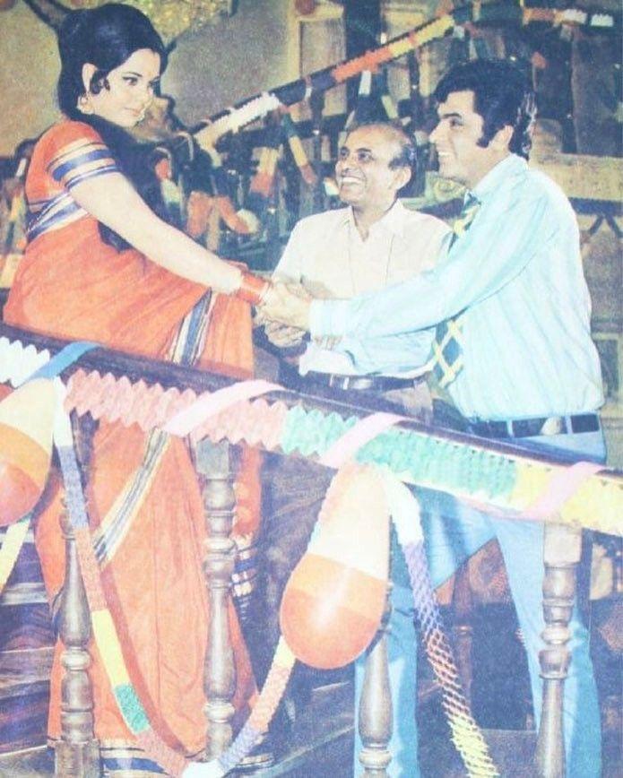"417 Likes, 2 Comments - muvyz.com (@muvyz) on Instagram: ""#muvyz062317 #BollywoodFlashback Sanjay Khan and Mumtaz with director Devendra Goel during the…"""