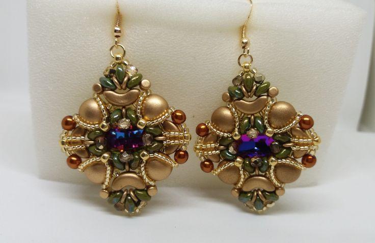 Orecchini pendenti nei toni del verde e oro, orecchini grandi, orecchini art dèco, : Orecchini di semplicicreazioni