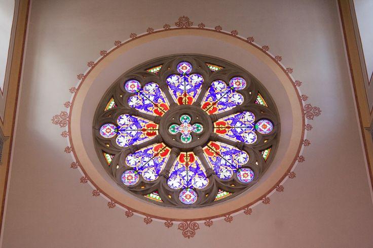 Glarus_Stadtkirche_Rundfenster.jpg (JPEG-Grafik, 3456×2304 Pixel) - Skaliert (40%)