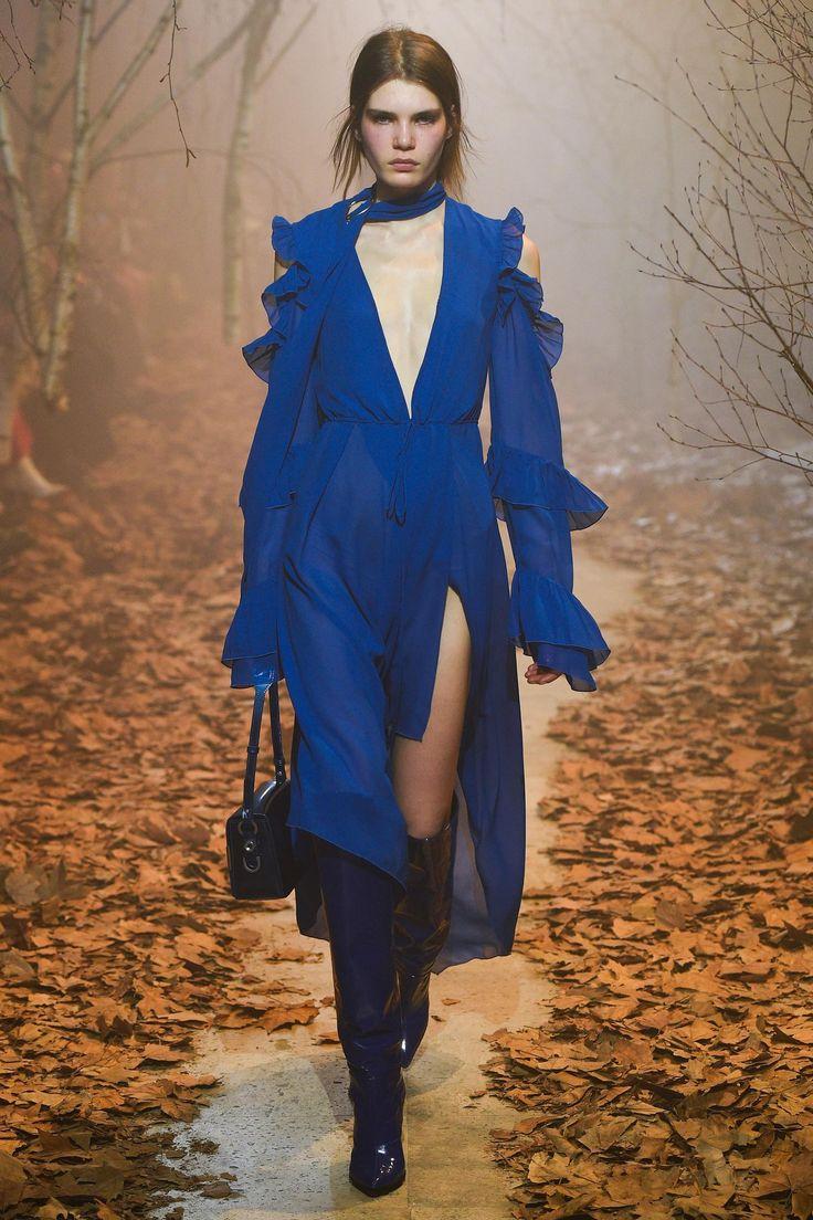 Défilé Off-White prêt-à-porter femme automne-hiver 2017-2018 20