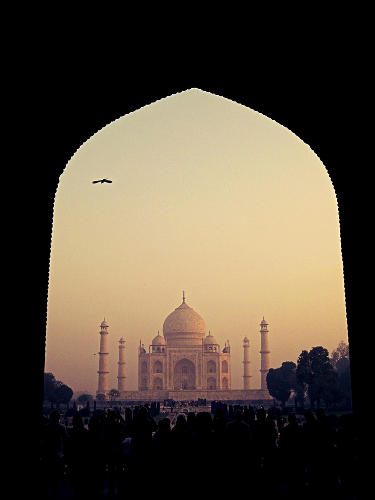 Sunrise at the Taj Mahal. #India #Agra #7WondersOfTheWorld