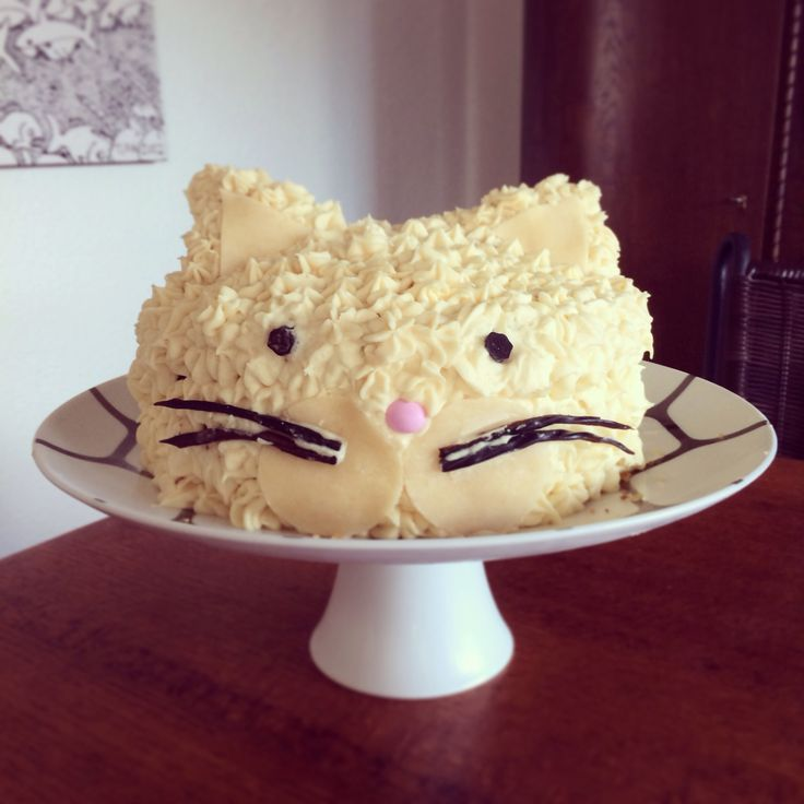 Farewell cake for a cat lady. Cat cake!