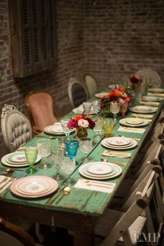 Mixed vintage china, glassware & vintage chairs